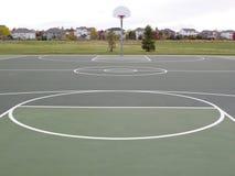 Recreatief basketbalhof stock afbeelding
