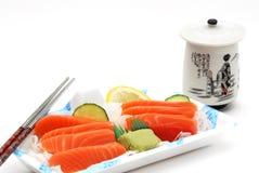 Rectángulo de almuerzo del sashimi del sushi Fotos de archivo libres de regalías