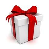 Rectángulo de regalo con la cinta roja del arqueamiento Fotos de archivo libres de regalías