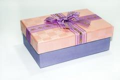 Rectángulo de regalo elegante Imágenes de archivo libres de regalías