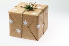 Rectángulo de regalo hecho a mano Paisaje de la Navidad Caja de regalo del ` s del Año Nuevo Fotos de archivo
