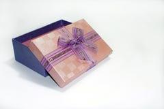 Rectángulo de regalo hermoso Fotos de archivo libres de regalías