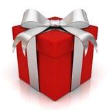 Rectángulo de regalo rojo con el arqueamiento de plata de la cinta Imágenes de archivo libres de regalías