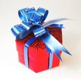 Rectángulo de regalo rojo de la Navidad Fotografía de archivo libre de regalías