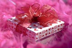 Rectángulo de regalo romántico Foto de archivo libre de regalías