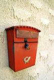 Rectángulo rojo viejo del poste fotografía de archivo