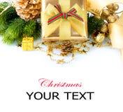 Rectángulo y decoraciones de regalo de la Navidad Imágenes de archivo libres de regalías