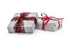 Rectángulos de regalo de la Navidad aislados en blanco Foto de archivo