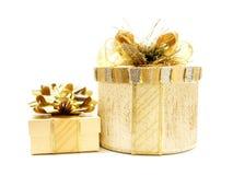 Rectángulos de regalo de la Navidad del oro Imagen de archivo