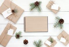 Rectángulos de regalo en blanco Fotografía de archivo libre de regalías
