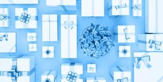 Rectángulos de regalo en fondo azul Visión superior Cajas de regalo y flor b Fotos de archivo