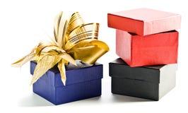 Rectángulos de regalo en un fondo blanco Fotografía de archivo