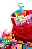 Rectángulos de regalo y bolso rojo Imagen de archivo