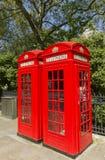 Rectángulos rojos del teléfono de Londres Foto de archivo