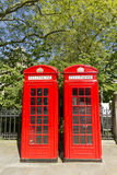 Rectángulos rojos del teléfono de Londres Imagen de archivo libre de regalías