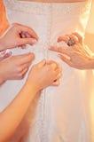 Rectification de jeune mariée Photo stock