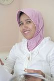 rectifiez la femme musulmane Photo libre de droits