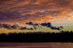 Recuando a tempestade, por do sol imagens de stock