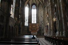 Recueillement (Stephansdom - Vienne - Autriche) Fotografía de archivo libre de regalías