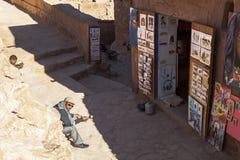 Recuerdo en Ksar de AIT-Ben-Haddou, Moroccco Fotos de archivo libres de regalías