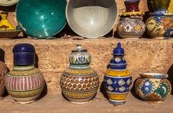 Recuerdos de cerámica de Fes, Marruecos Fotografía de archivo