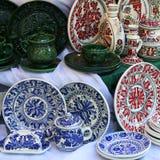 Recuerdos de cerámica y tradicionales adornados Foto de archivo libre de regalías