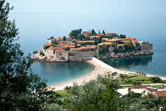 Recurso de console de Sveti Stefan em Montenegro fotos de stock royalty free