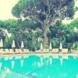 Recurso de verão com piscina, o Algarve, efeito do instagram imagem de stock royalty free