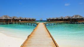 Recurso tropical luxuoso em Maldivas fotos de stock royalty free