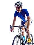 Recyclage de cycliste d'athlète d'ironman de triathlon de femme photos libres de droits