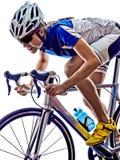 Recyclage de cycliste d'athlète de triathlon de femme photo stock