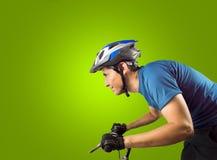 Recyclage sportif d'homme Photographie stock libre de droits