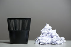 Recycle bin filled with crumpled papers Royalty Free Stock Photography