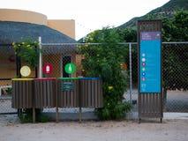 Recycle wird ernsthaft sogar in den kleinen Dörfern genommen Lizenzfreies Stockbild