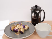 Recyclebare Kaffeealuminiumhülsen lizenzfreie stockfotos