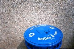 Recycleer afvalbak Stock Foto
