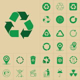 Recycleer de Groene Pijlen Logo Set Web Icon Collection van het Afvalsymbool Royalty-vrije Stock Afbeeldingen