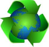 Recycleer en aarde Royalty-vrije Stock Foto's