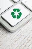 Recycleer symbool op een toetsenbord van de Computer royalty-vrije stock foto's