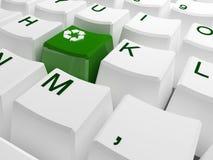 Recycleer symboolknoop op wit toetsenbord Stock Foto