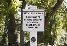 Recycleer uw zakken Stock Fotografie