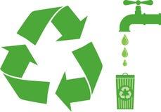 Recyclerend embleem Stock Foto's