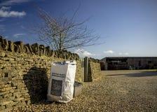 Recyclerende bakken Het landelijke UK Stock Afbeelding