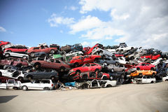 Recyclerende oude auto's Stock Foto's
