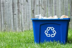 A recycling bin outside. With copy space Royalty Free Stock Photos