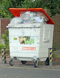 Recycling rubbish refuse wheelie bin Stock Photos