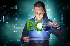 recyling的能承受的企业概念女实业家 免版税图库摄影