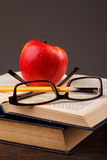Red apple and book Royalty Free Stock Photography