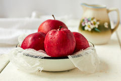 Red apples. Fresh ripe red apples in bowl Royalty Free Stock Photos
