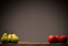 Red apples and green pears Royalty Free Stock Photos